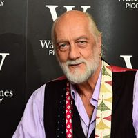 Mick Fleetwood joins TikTok to recreate viral skateboarding video