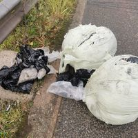 £1m of drugs recovered after lorry sheds its load on M1