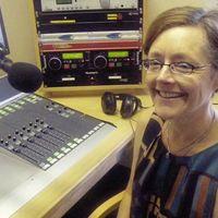 Tributes paid to popular Irish language activist Aoife Ní Riain