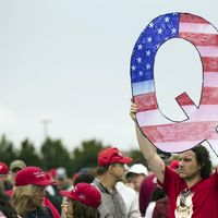Facebook to ban groups supporting conspiracy theory QAnon
