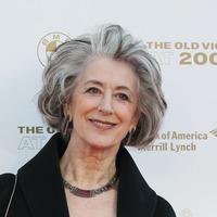 Maureen Lipman 'proud' to become first dame of Coronation Street