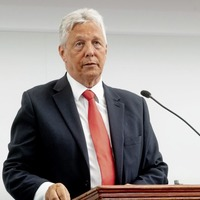 Peter Robinson calls think tank to sell merits of union ahead of a border poll