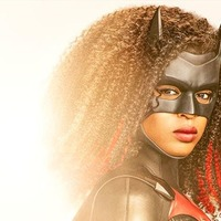 First look at Javicia Leslie in new Batwoman suit