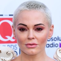 Rose McGowan breaks her arm while reading US election results
