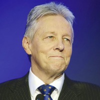 Peter Robinson calls for sustainable Covid plan and an end to 'hokey-cokey' lockdowns