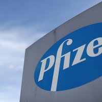 Pfizer Ireland to offer Covid vaccine to employees' relatives