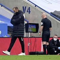 Kenny Archer: No arm but officiating is getting VAR worse in English football