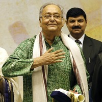 Indian film star Soumitra Chatterjee dies aged 85