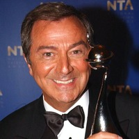 Des O'Connor, entertainer who 'shared the laughs', dies days after fall