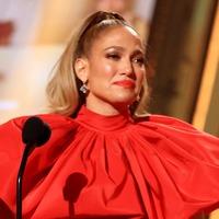 Justin Bieber and Jennifer Lopez among E! People's Choice Awards winners