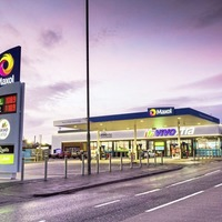 £4m community supermarket in Banbridge delivers 40 new jobs