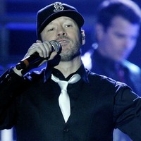 Donnie Wahlberg dishes out generous restaurant tip