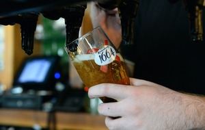 Customer tips thousands for one beer as US restaurant closes for coronavirus