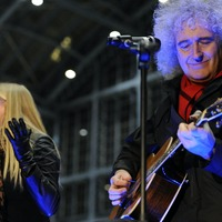 Brian May and Kerry Ellis to release Christmas song