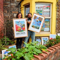 Couple turn front room into artwork gallery as Christmas markets cancelled