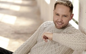 Derek Ryan is on The Road to Christmas with new festive album
