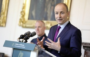 Taoiseach moves to calm fears over Christmas border clampdown