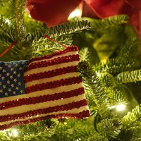 White House Christmas decorations give nod to Covid first responders