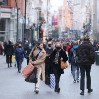 Shoppers flock to Dublin's retail stores
