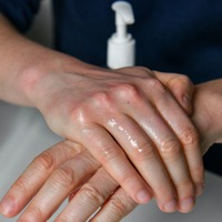 Misleading alcohol claims on hand sanitisers found online – Which?