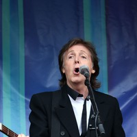 Sir Paul McCartney: Anti-vaccine message takes hold online