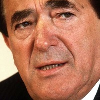 Robert Maxwell's contacts book to be auctioned after discovery in 'dusty box'