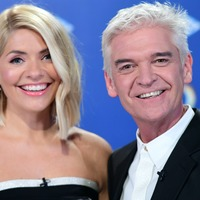 Holly and Phillip spread festive cheer on first This Morning Christmas special