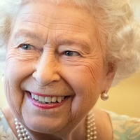 Queen wishes Woman's Hour 'continued success'
