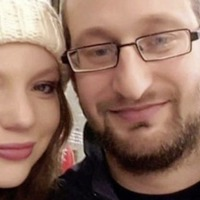 Young terminally ill woman (28) dies just two days after marrying her fiancé