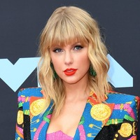 Taylor Swift and Harry Styles in hunt for top spot in albums chart