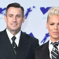 Singer Pink celebrates 15 years of marriage to Carey Hart