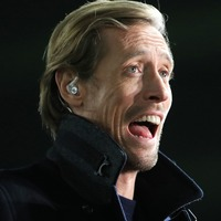 Peter Crouch heads for the spare room after pairing north-west giants in FA Cup