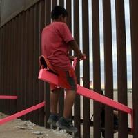 See-saws at US-Mexico border win UK design prize