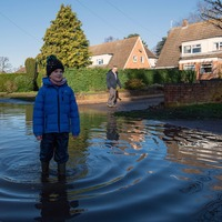 UK flooding could increase by average 15-35% by 2080, study suggests