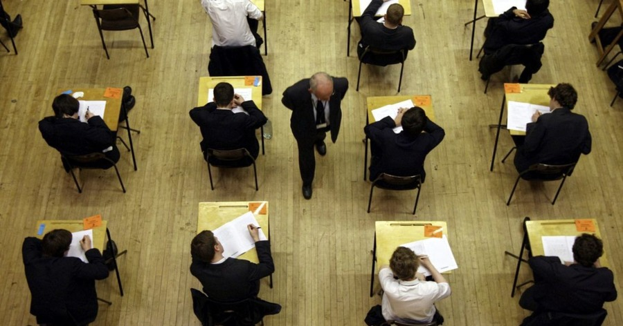 Find new model of awarding grades without exams, report urges