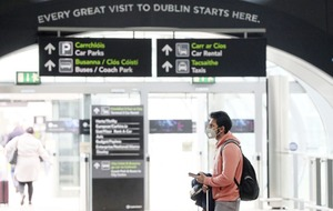 'Introduce mandatory quarantine for people arriving into Republic of Ireland'