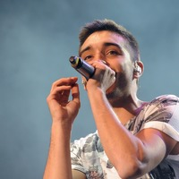 The Wanted's Tom Parker, Sir Tony Robinson and other celebs who've had Covid jab