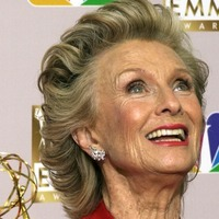 Hollywood pays tribute to Oscar-winning actress Cloris Leachman