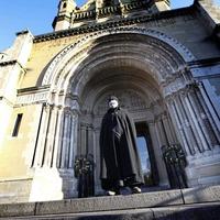 Black Santa appeal raises £230,000 for more than 200 charities