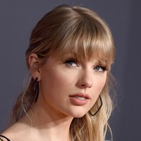 Taylor Swift shares re-recorded version of Love Story