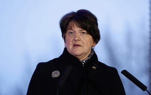 Arlene Foster 'legitimising' loyalist paramilitaries with Protocol meeting