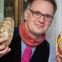 Treasured 1920s 'doll' Easter egg up for auction