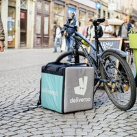 Deliveroo set to raise £1bn in London stock market float