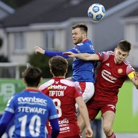 Danske Bank Premiership: Linfield go 10 points clear with win at Portadown