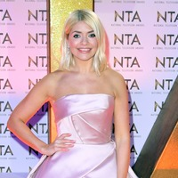 Holly Willoughby injures back while filming This Morning