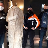 Off-duty Italian art squad police officers find looted statue in Belgian shop
