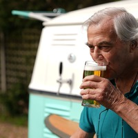 Mobile pub visits Surrey care home to celebrate easing of lockdown