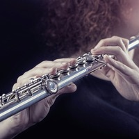 How listening to a flute can help to lower blood pressure