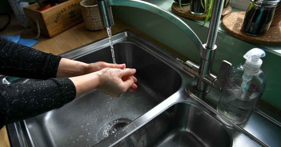 Hand washing can be responsible for bacteria in sinks – study