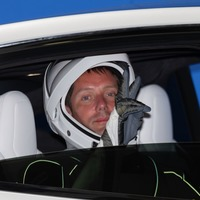 'Recycled' SpaceX capsule prepares to dock at International Space Station